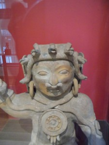 Casa del Alabdo - figura sciamanica- arte preincaica equador 2014, 2